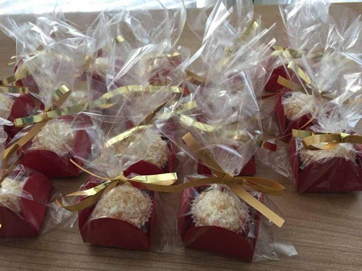 White chocolate and lemon brigadeiros, party treats