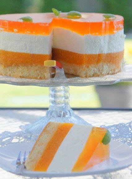 Svěží jogurtový dort s broskvemi | NejRecept.cz