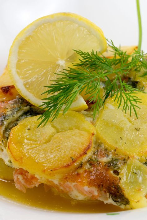 Salmon pudding is one of the best examples of husmanskost (home cooking), but don't let that make you think it is dull. It is mouth-wateringly delicious and looks so good it can grace any table. Generous amounts of butter and lots of dill gives it a luxurious taste and appearance. A wonderful dish. Although it is a way of using up leftovers, that doesn't mean it needs to be consigned to the status of a mere mid-week fuel stop.