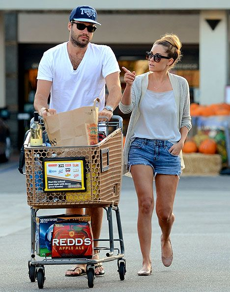 Lauren Conrad Flashes Engagement Ring, Shops With William Tell: Pic - Us Weekly