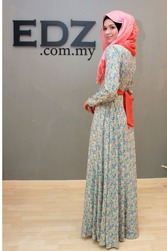 vintage inspired maxi dress in floral print by www.edz.com.my