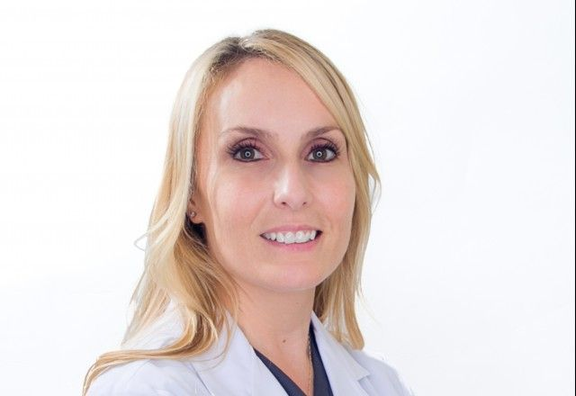 Dr. Phillips enjoys all aspects of dermatology including general dermatology, pediatric dermatology, cosmetic dermatology, and dermatologic surgery. In addition to being a phenomenal clinician, she enjoys boxing, cross-training, and Soul Cycle.