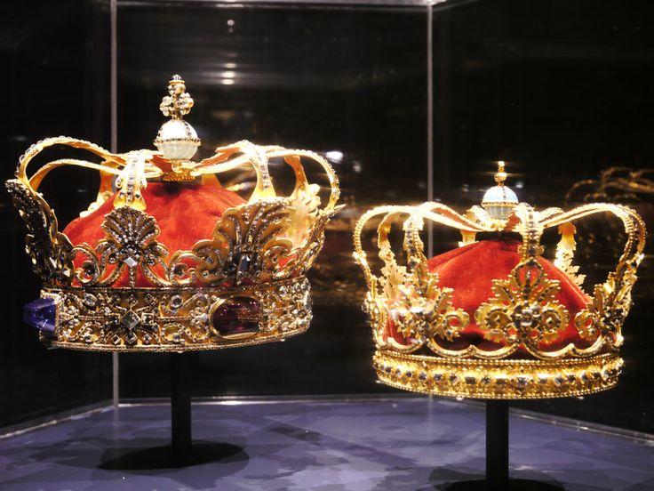 تيجان ملكية  امبراطورية فاخرة B0206b750e4014840bf42868cb166e5b