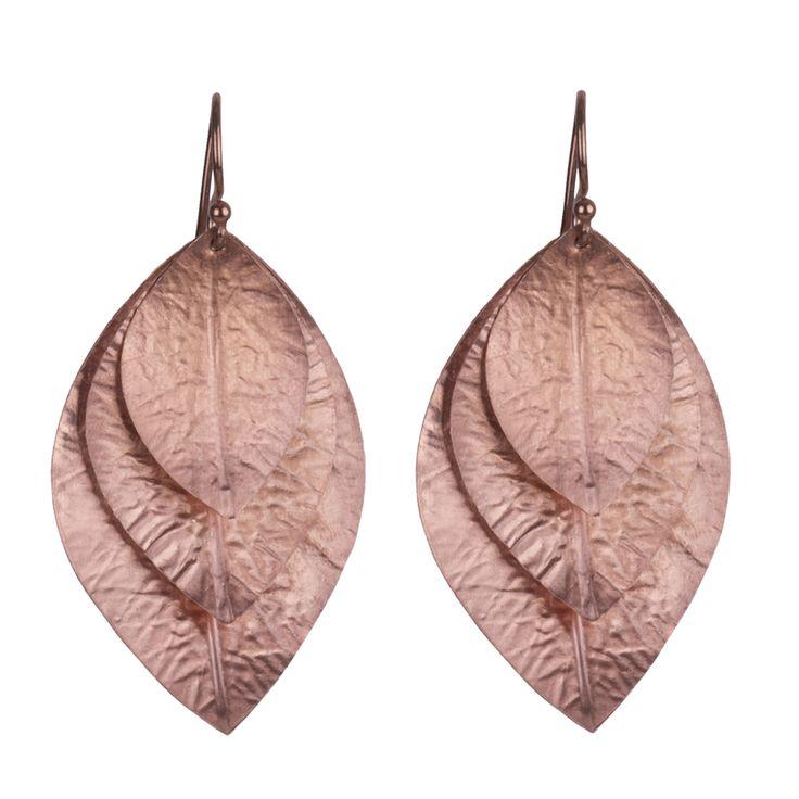 Smukke øreringe i rosa forgyldt sterling sølv. 1199 kr.