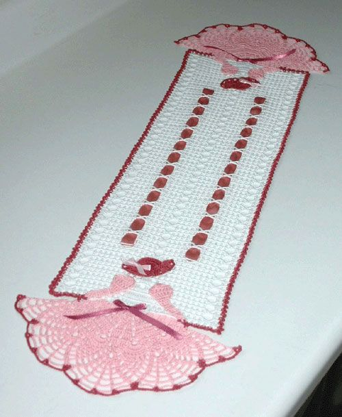 Oh, my niece would love this! Crinoline Girls Filet Runner ($4.25 download)