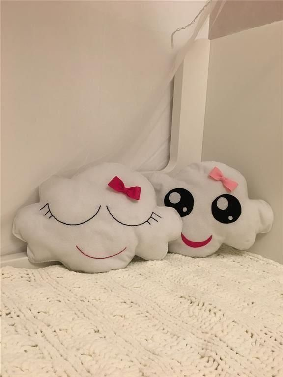Handgjorda kudde (moln) på Tradera.com - Babysängar och spjälsängar,