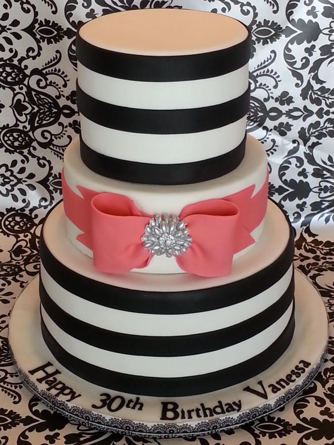 BLACK STRIPES AND CORAL PINK BOW - Cake by Enza - Sweet-E