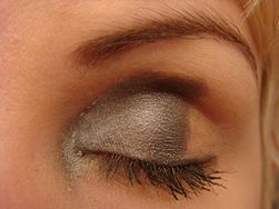 Apply Eye Makeup for Women over 50