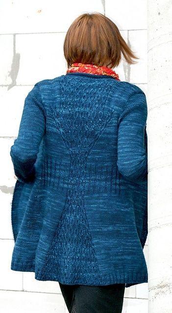 Ravelry: Cabletta Cardigan pattern by Hanna Maciejewska by Ceca