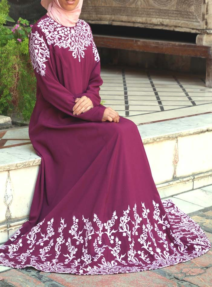 SHUKR USA | Mughal Embroidered Gown