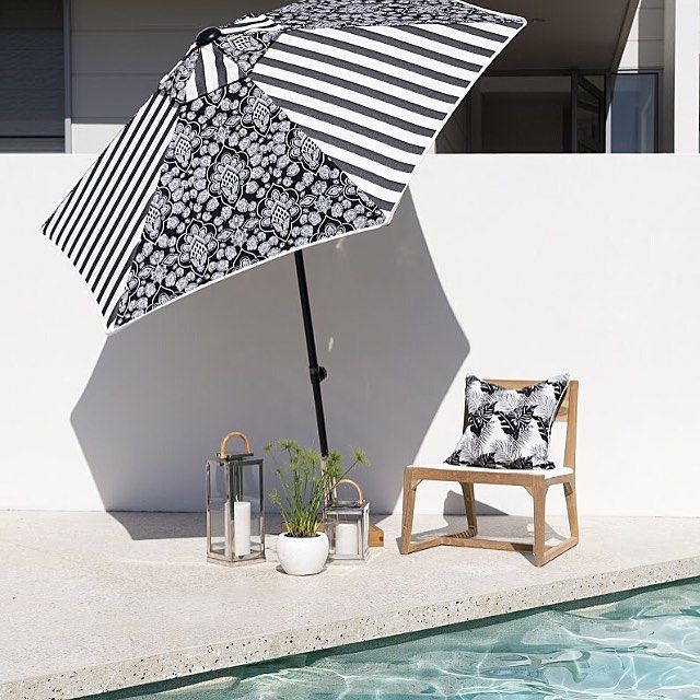#3beaches #coastcollection #blackandwhite #albatross #black #henna #paisley #umbrella #cushions #indooroutdoor #outdoorfurniture #outdoorfabric #outdoorliving #poolside
