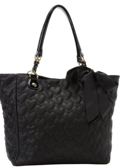 Spring Fashionista Giveaway ~ win a Betsey Johnson Tote!