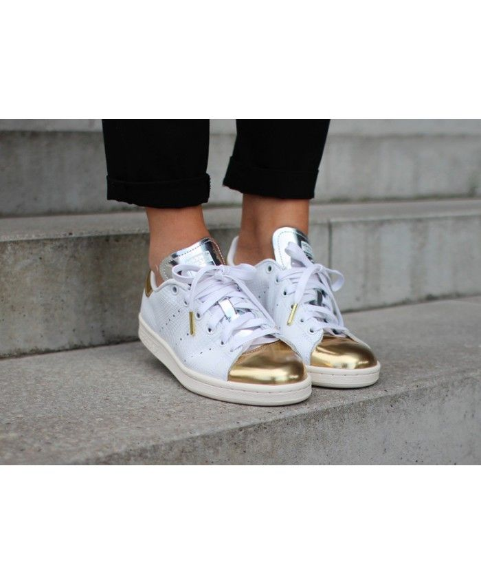 best 25 stan smith rose ideas on pinterest stan smiths adidas stan smith rose and stan smith. Black Bedroom Furniture Sets. Home Design Ideas