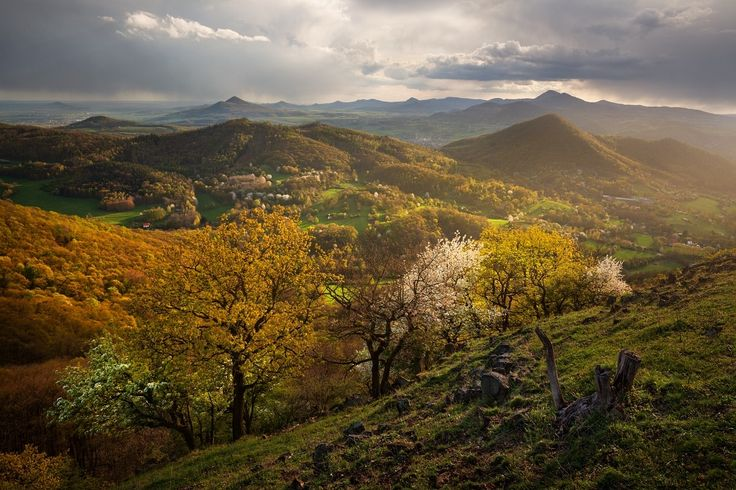 April in the Czech Central Mountains - Follow me on INSTAGRAM  DANIELRERICHA.CZ | PHOTOTOURS.CZ