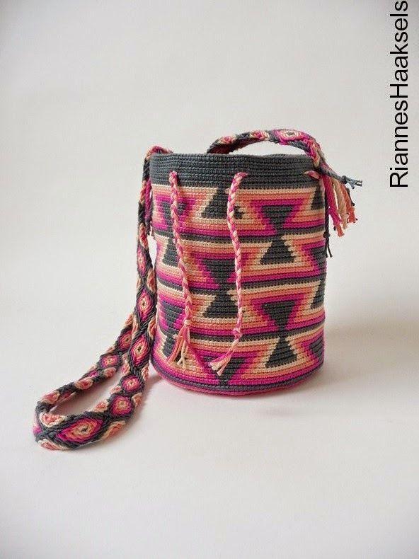 RiannesHaaksels: Wayuu mochila #12