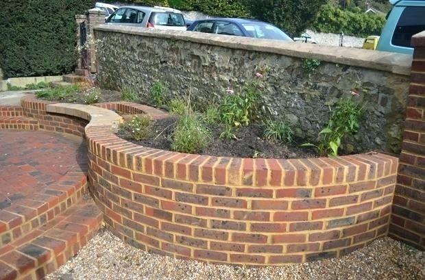 Front Garden Brick Wall Designs Raised Brick Garden Beds Front Garden In Front Garden Brick Wall Designs Best On Garden Raised Garden Beds Out Of Brick Smal Tuin