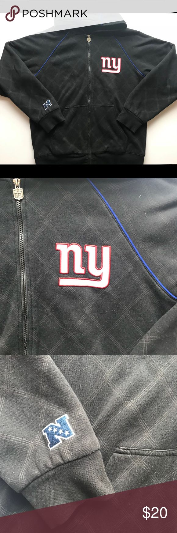 New York Giants NFL Sweatshirt Item is in fantastic condition and ready for immediate use. It's a heavy Sweatshirt so it's perfect for the cold weather. Let me know if you have any questions! NFL Shirts Sweatshirts & Hoodies