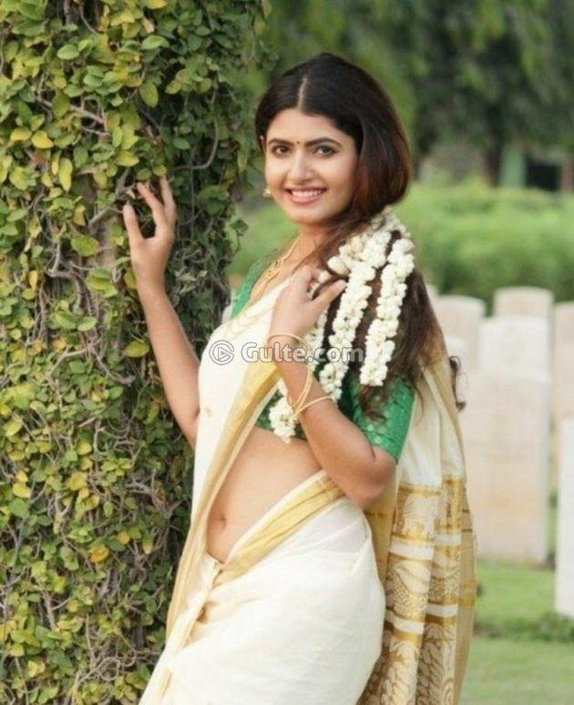 Pin By Aarokiaraja Aar On Kerala Saree  Indian Girls -6693