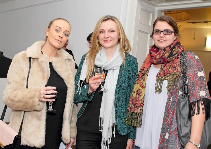 Tara Hein, Marijana Shostak and Kim Stuart-Williams. - www.noelbrownephotographer.com