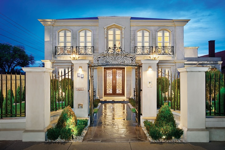A magnificent French Provincial family residence reveals breathtaking contemporary quality.