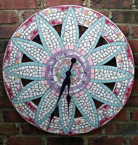 45 mejores im genes sobre mosaico relojes en pinterest salvamanteles de corcho arte de luna. Black Bedroom Furniture Sets. Home Design Ideas