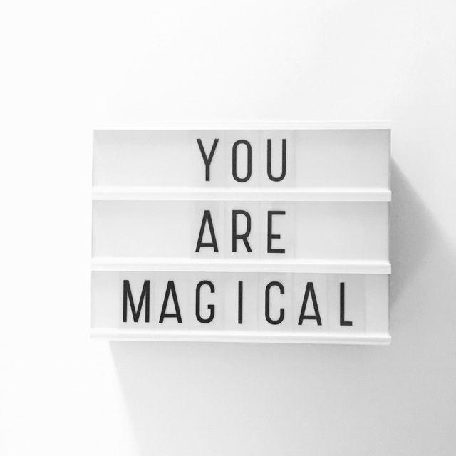 """Om de film Trolls te quoten: """"Life is not always cupcakes & rainbows"""". Is heel toepasselijk op vorige week. Weten waarom? Lees het op de blog. • #shs #studiohappystory #happystorycakes #creatievebakstudio #reallife #girlboss #notalwayscupcakesandrainbows #youaremagical #wearemagical #unicorns #overtherainbow #people #life #happiness #designer #momo #motivationalmonday #motiverendemaandag #maandag #monday #motivation #lovelylittlelightbox #happyandsweet #glorioussweets"""