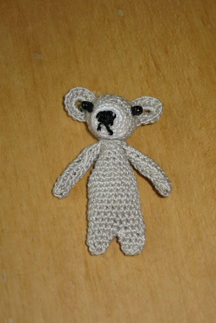 háčkovaný lední medvěd/ crocheted polar bear