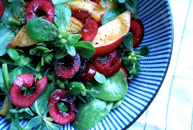 Purslane Salad w/Cherries & Peaches