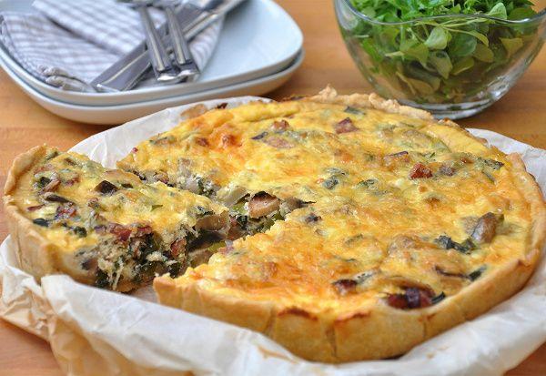 Простой пирог с грибами, сметаной и сыром на слоеном тесте.В готовое слоеное тесто заворачиваете начинку — и в духовку на полчаса. Все!Грибы берите которые нравятся, но главное — свежие.Ингредиенты…