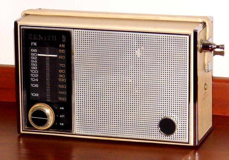 https://flic.kr/p/21FJb8q   Vintage Zenith Royal 820 Portable Transistor Radio (The Symphony), AM-FM Bands, 9 Transistors, Chassis 9LT42Z8, Made In USA, Circa 1964