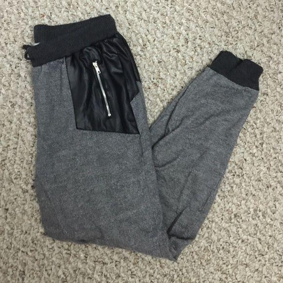 Pacsun Ladies Joggers Size Medium, worn twice PacSun Pants Track Pants & Joggers
