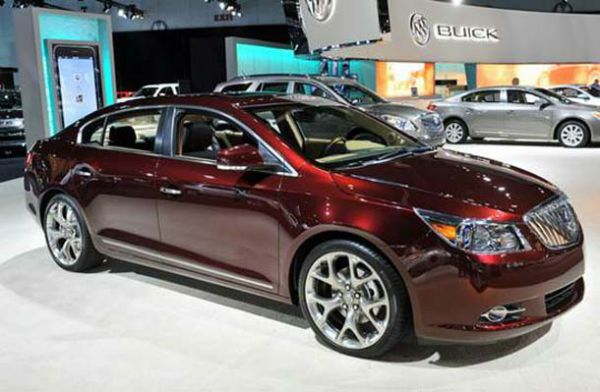 The Buick Regal 2017 is a top motor medium range set by Buick for Model 1973, the North American production ended in 2004 and again in 2011. For the model year 2011, Buick Regal resettled on the North American market, positioned as A sporty premium sedan. Production and sales in China continued... http://s4sportscar.com/buick-regal-2017/
