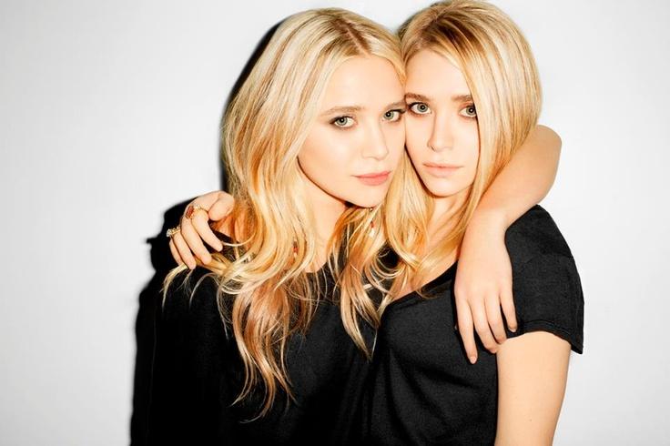 """DID YOU KNOW...  As gémeas Olsen lançaram a sua coleção de """"high street"""", no Reino Unido, que já está disponível no stylistpick.com."""