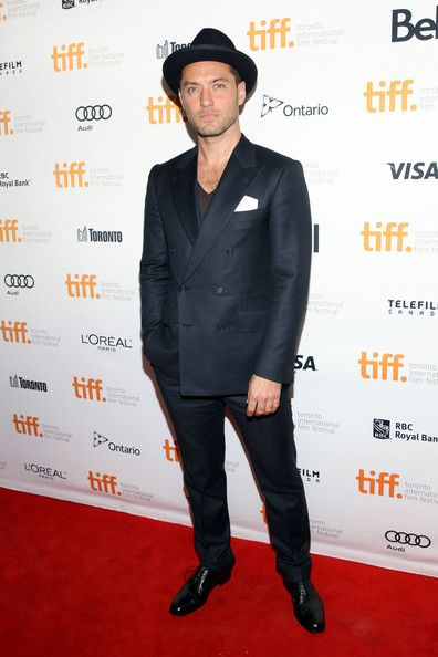 Happy 41st birthday Jude Law!!!!! 12/29