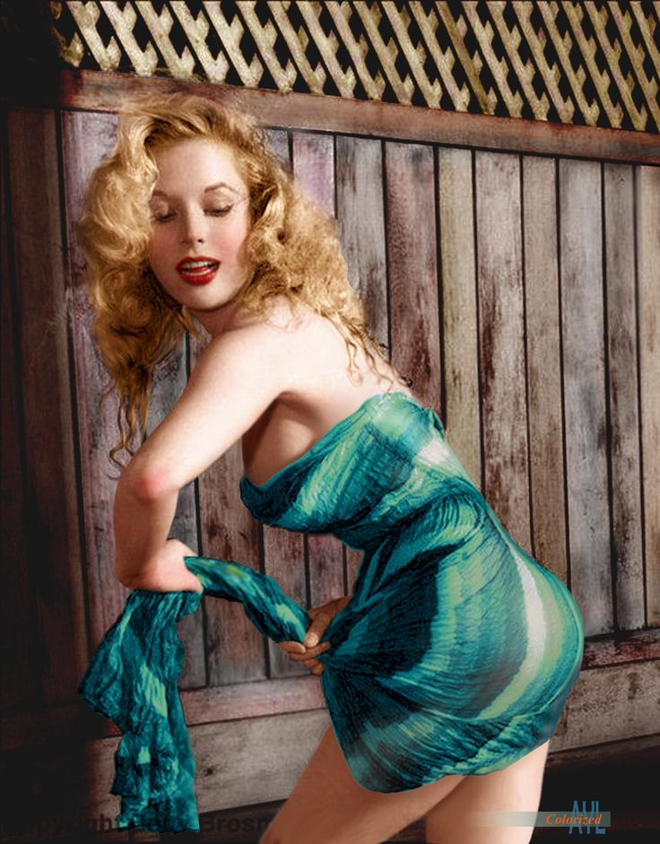 "Betty Brosmer the most goergeous body of the 50s with the ""impossible"" waistline for her 38-18-36 figure."