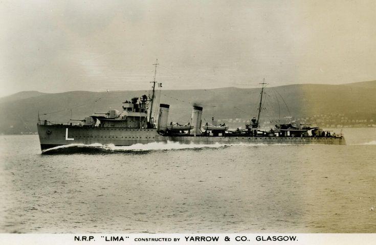 """O """"Lima"""", ainda sem número de matrícula, em experiência ao largo de Glasgow, c. 1933. Foto do blogue """"Ships & The Sea"""""""