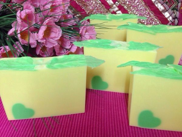 Honeysuckle Vine soap