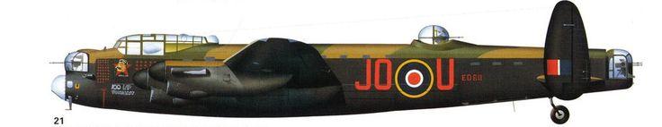 Lancaster B Mk.III, ED611  (JO U) «Дядя Джо», 463 эскадрильи Раф, Уоддингтон 1944. Этот самолет имеет интересный портрет И.В. Сталина и имя «Дядя Джо» ниже кабины.