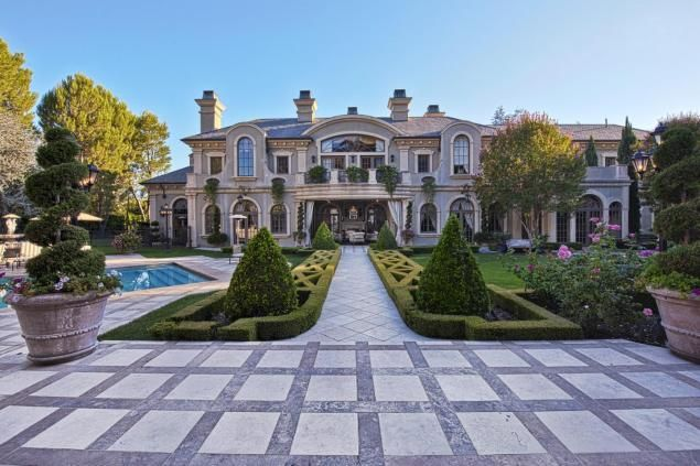'Real Housewives of Beverly Hills' Maloof mansion for sale