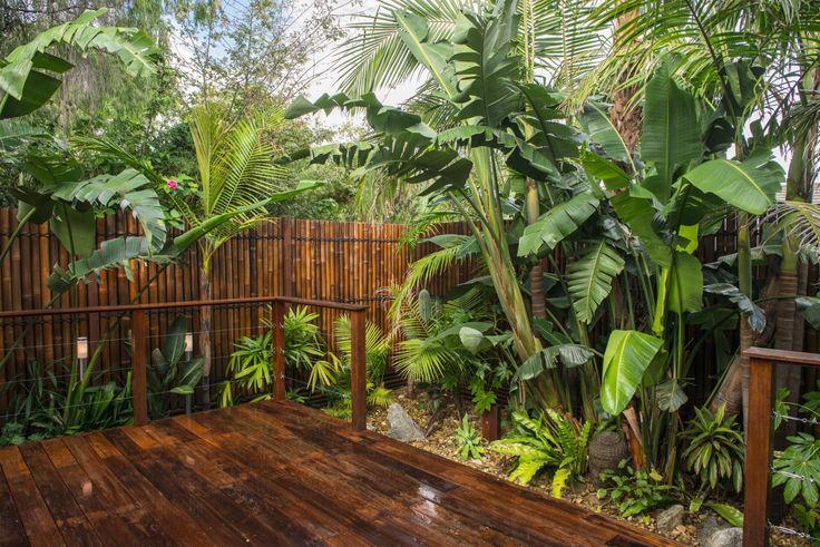 Balinese garden by Kihara Landscapes