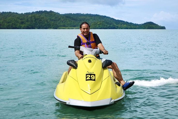 Langkawi, Malaysia  .  Sunbathing and Jet Ski while touring around Langkawi Islands.  Of course, it's blazing out there! A perfect day to get sunburned ✌  .  .  #Langkawi #Malaysia  #NusaEscapades