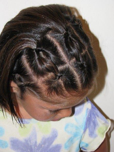 small knots: Easy Hairstyles, Hair Ideas, Hairdos, Hair Do, Girl Hair Styles, Girl Hairstyles, Hairstyles For Girls, School Hairdo