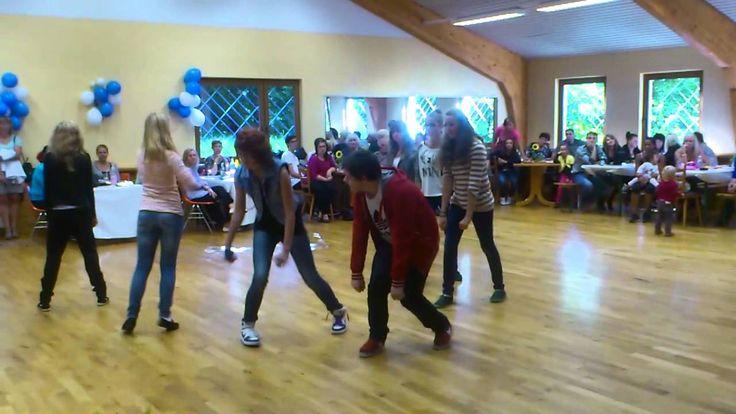 #Hip #Hop   Tanzgruppe #Ottweiler  #Ottweiler #Saar #Das #ist #ein #kleine #video #von #einer Hip-Hop Tanzgruppe #die #wir #am 26.08.2012 #in Otttweiler gesehn #haben #leider #nur #ein #handy #video....#trotzdem #viel #spass #Saarbruecken #Saarland http://saar.city/?p=42713