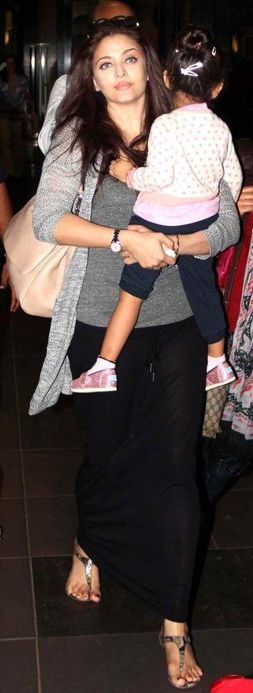 Aishwarya Rai Bachchan with daughter Aaradhya at the Mumbai airport. #Bollywood #Fashion #Style #Beauty