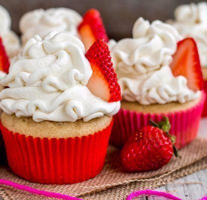 erdbeer-Mürbekuchen-Cupcakes