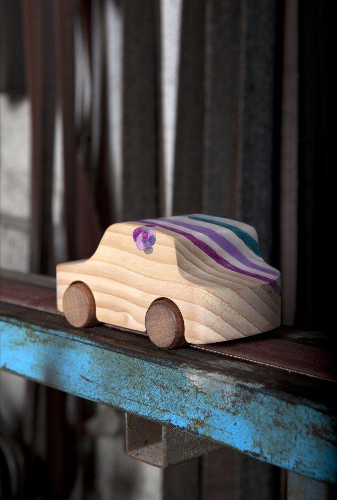 HER LITTLE CAR_design by Matteo Ragni_handpainted wooden car_Just99 meets TobeUs