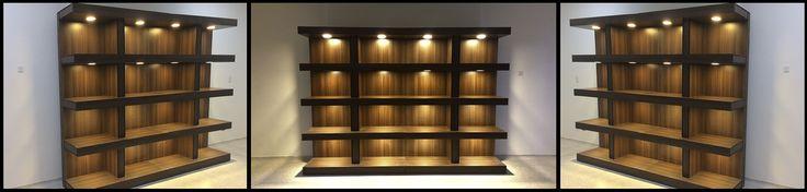 Mueble estantería con iluminación inteligente. #Iluminacioninteligente #mobiliarioiluminado