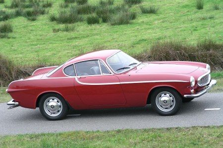 Volvo 1800. For the last model year, 1973, only the 1800ES was produced. Total production of the 1800 line from 1961 through 1973 was 47,492 units. Production ended on June 27, 1973