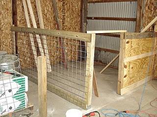 Goat pen #1: Goat Barn, Barns Pens, Goats Houses, Farms Goats Pens, Minis Hors, Farms Animal, Pens Progress, Goats Farms, Goats Barns