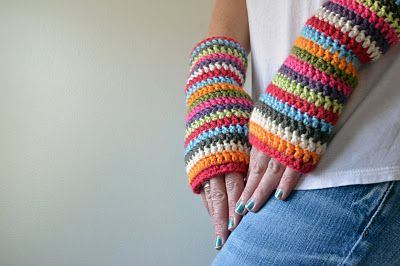 Crochet in Color: Colorful Stripey Fingerless MittsFingerless Gloves, Stripey Fingerless, Knits Crochet, Free Pattern, Free Crochet, Fingerless Mittens, Wrist Warmers, Crochet Patterns, Colors Stripey